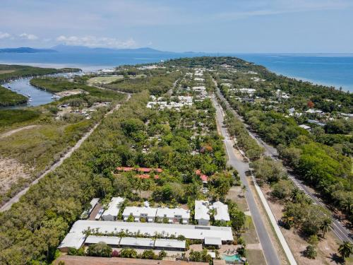 A bird's-eye view of Tropical Nites Holiday Townhouses
