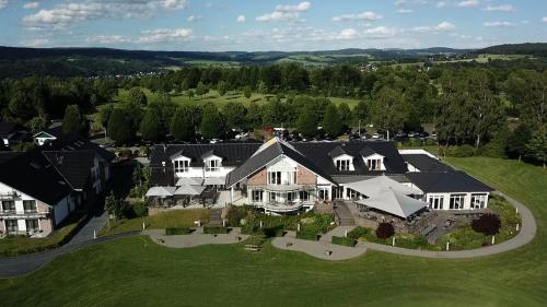 Gut Heckenhof Hotel & Golfresort an der Sieg GmbH & Co. KG с высоты птичьего полета