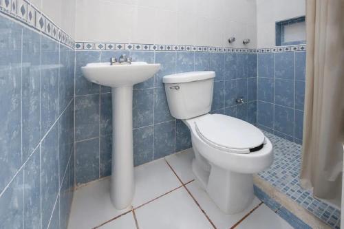 A bathroom at Hotel Nachancan