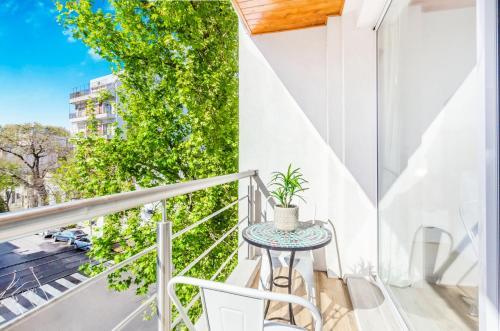 A balcony or terrace at Luxury Apartments In Palermo