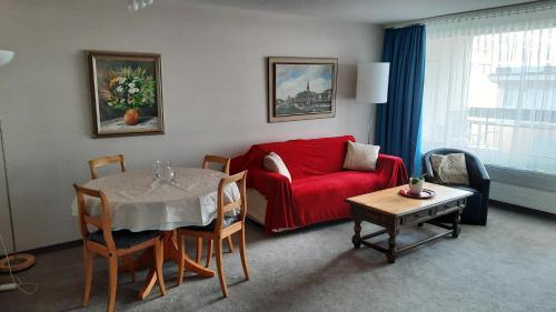 Ein Sitzbereich in der Unterkunft Holiday accommodation - swimming pool available