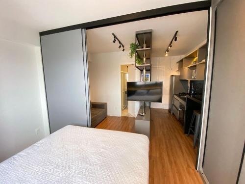 A bed or beds in a room at Edificio Time - Apto 1121