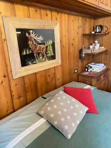 A bed or beds in a room at B&B Ciasa dei More