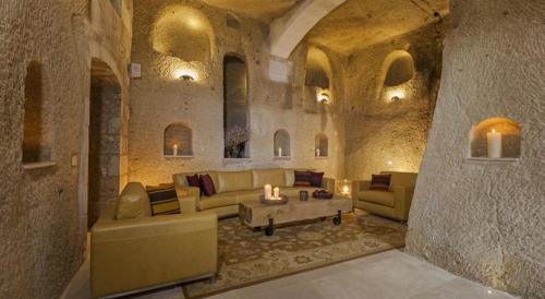 A seating area at Exedra Cappadocia