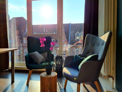 A seating area at Hotel Luise Mannheim - by SuperFly Hotels