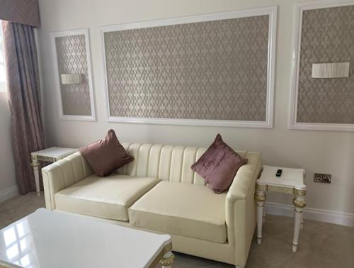 A seating area at Park Hall Hotel and Spa Wolverhampton
