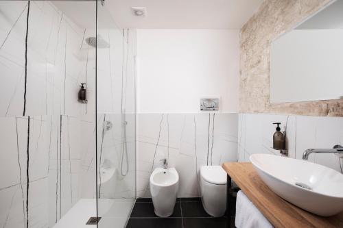 A bathroom at Hotel San Teodoro