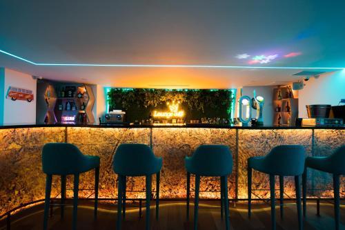 The lounge or bar area at Grande Hotel da Povoa