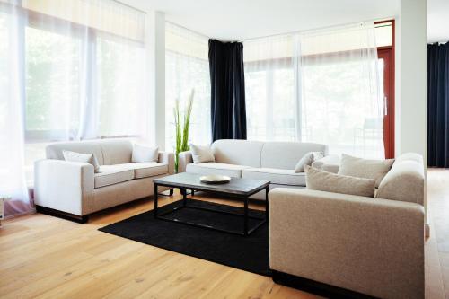Ein Sitzbereich in der Unterkunft Intermar Hotel & Apartments