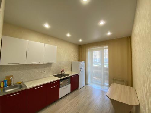 Кухня или мини-кухня в 1-к квартира Ветеранов 7