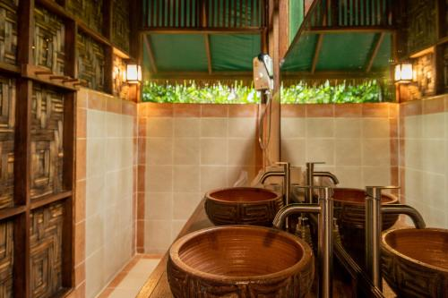 A kitchen or kitchenette at Our Jungle House - SHA Certified