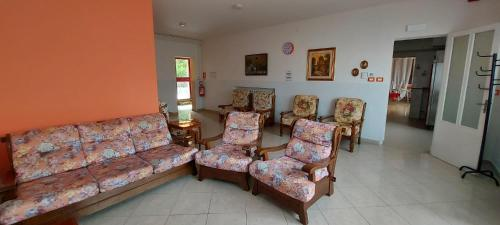 A seating area at Comunità alloggio Bellavista