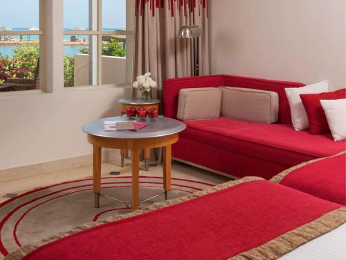 Гостиная зона в Movenpick Resort & Spa El Gouna