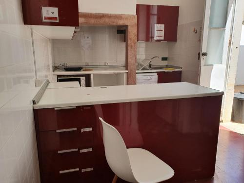 A cozinha ou kitchenette de Baixa Terrace Hostel