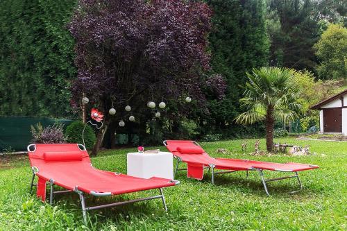 A garden outside Caserio Urikosolo