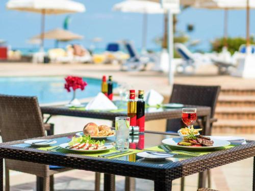 Ресторан / где поесть в Movenpick Resort & Spa El Gouna