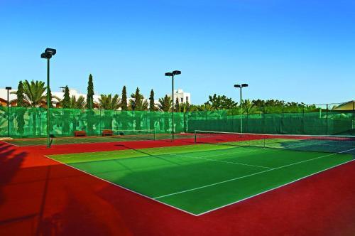 Tennis- en/of squashfaciliteiten bij Al Nahda Resort & Spa of in de buurt