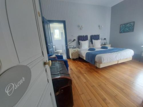 Un ou plusieurs lits dans un hébergement de l'établissement Domaine de Senercy