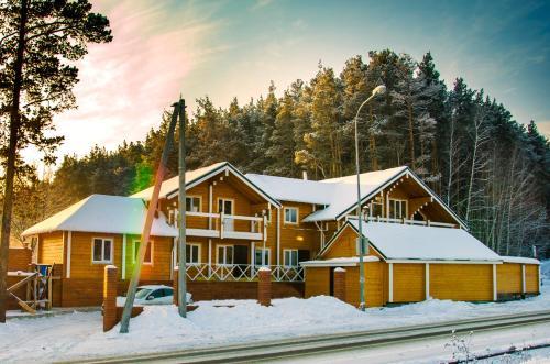 Отель Уральский Теремок зимой