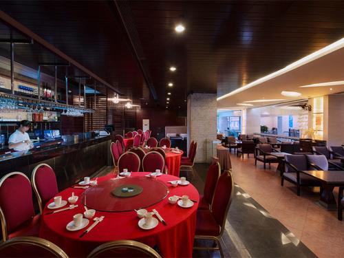 مطعم أو مكان آخر لتناول الطعام في Vienna Hotel - Guangzhou South Railway Station Branch