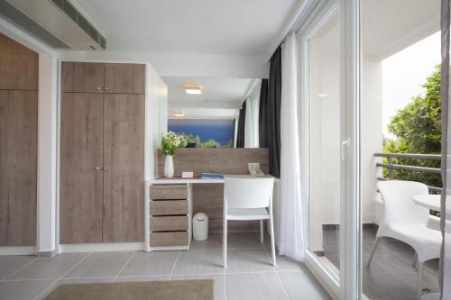 A bathroom at Bluesun hotel Neptun - All inclusive