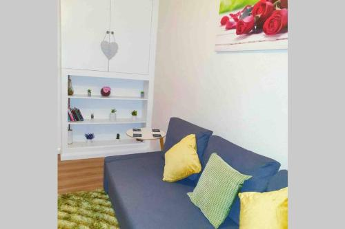 A seating area at Stunning 2 bedroom flat in South/East London