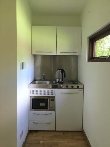 A kitchen or kitchenette at The Studio