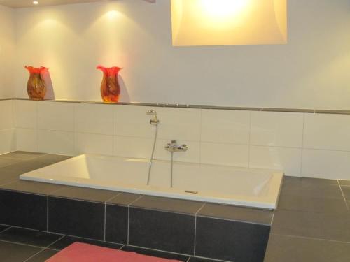 A bathroom at B&B Chez Cho