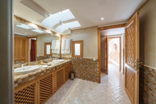 Un baño de La Maison Arabe Hotel, Spa & Cooking Workshops
