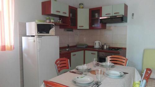 Kuchyňa alebo kuchynka v ubytovaní Apartment Peris