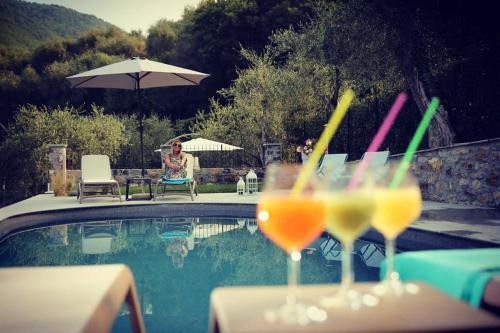 Piscina di Casa vacanze gli ulivi o nelle vicinanze