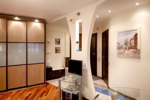 Телевизор и/или развлекательный центр в Студио Апартаменты на Волгоградском проспекте