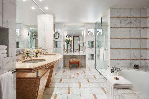 A bathroom at Park Hyatt Melbourne