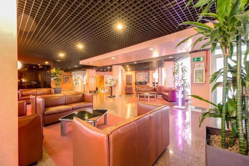 منطقة الاستقبال أو اللوبي في فندق غاليليو