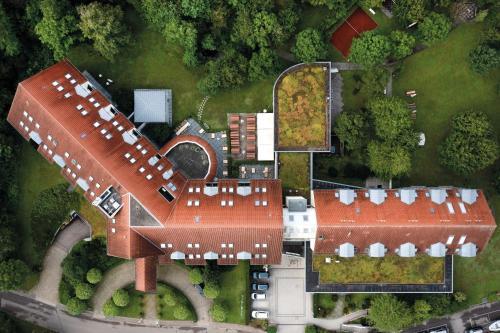 A bird's-eye view of Seminaris Hotel Bad Boll