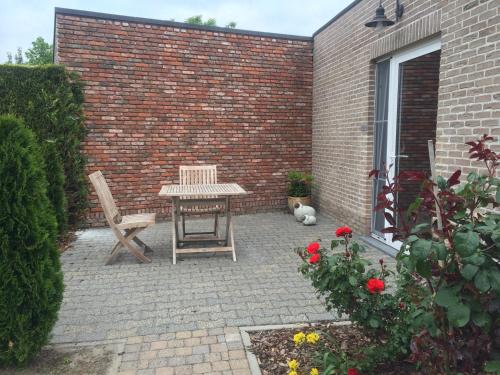 A porch or other outdoor area at B&B Caramel