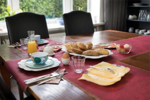Ontbijt beschikbaar voor gasten van B&B Villa Kriekenbeek