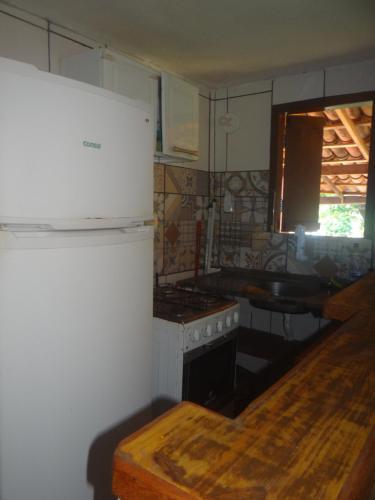 A cozinha ou cozinha compacta de Pousada Navio