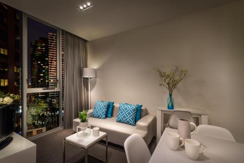 A seating area at Milano Serviced Apartments
