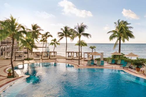 Het zwembad bij of vlak bij Panama Jack Resorts Playa del Carmen All Inclusive