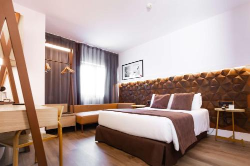 A bed or beds in a room at Best Western Plus Hotel Alfa Aeropuerto