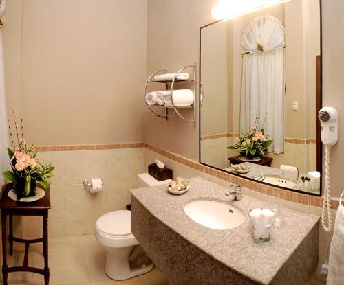 Ein Badezimmer in der Unterkunft Hotel Boutique Mansion Del Rio