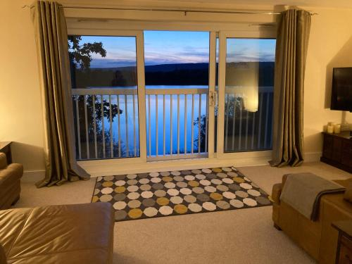 A view of the pool at Luxury 2 Bedroom Apartment with Lake View or nearby