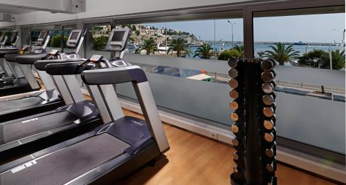 The fitness center and/or fitness facilities at Airotel Galaxy