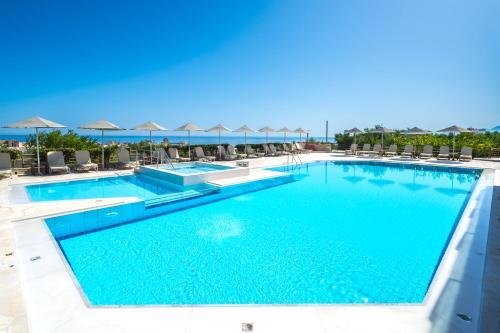 Πισίνα στο ή κοντά στο Forest Park Hotel