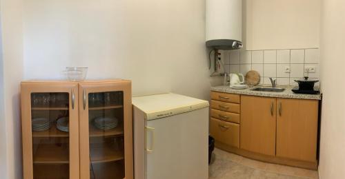 A kitchen or kitchenette at Holiday Park Vrchlabí - Liščí farma