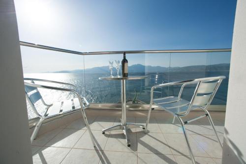 A balcony or terrace at El Greco Hotel