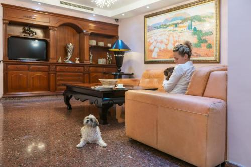 Pet or pets staying with guests at Hotel Torre Azul & Spa - Adults Only
