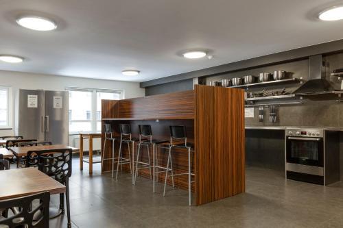 A kitchen or kitchenette at Göteborgs Mini-Hotel