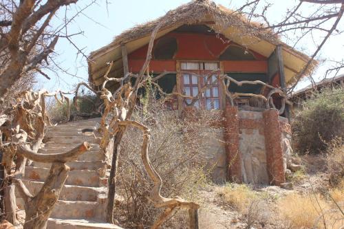 L'établissement Lion's Cave Camp, Samburu en hiver